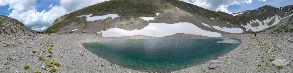 lago di pilato panoramica da terra 01